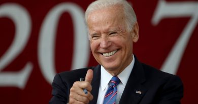 Biden recibe la vacuna de la covid en público: No hay nada de qué preocuparse