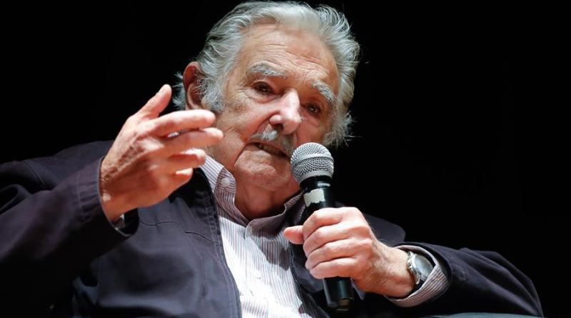 Las reflexiones de «Pepe» Mujica llegarán a todo el mundo con un podcast benéfico