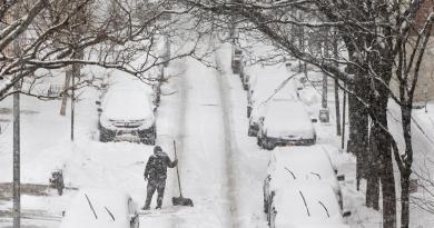 Casi un millón de personas sigue sin electricidad por el temporal en EE.UU.