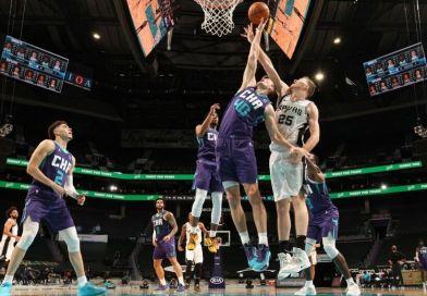 NBA suspende otros cinco partidos por casos de coronavirus en los Spurs