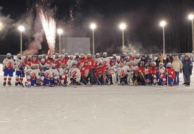 Juegan en Canadá el partido de hockey sobre hielo más largo de la historia