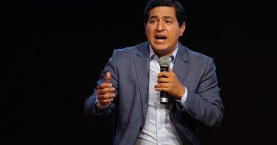 Ecuador espera al rival de Arauz en segunda vuelta y Pérez habla de fraude