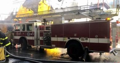 Sistema 9-1-1 informa fue sofocado incendio en tienda de bicicletas Aro y Pedal