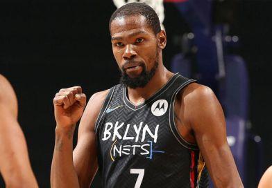 """Durant hace él solo de """"Big Three"""" y pone a Nets con la ventaja"""