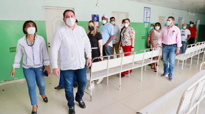 Director SNS recorre centros de salud en Montecristi y Dajabón durante el fin de semana