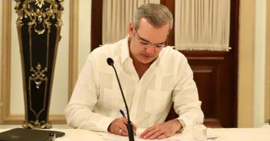 Presidente Abinader firma extradición a EE.UU. de uno de los implicados en caso Falcón