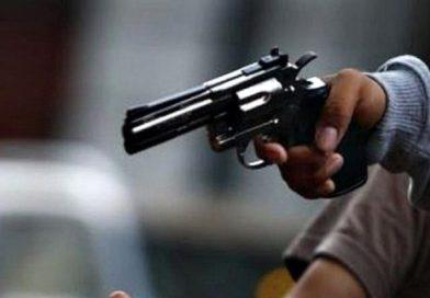 Delincuentes resultan heridos mientras intentaban atracar agente policial