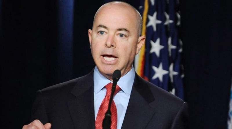 El extremismo interno es la mayor amenaza terrorista en EE.UU., según secretario de Seguridad Nacional