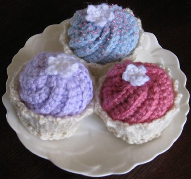 1732.- Amigurumi cakes - Labores en red
