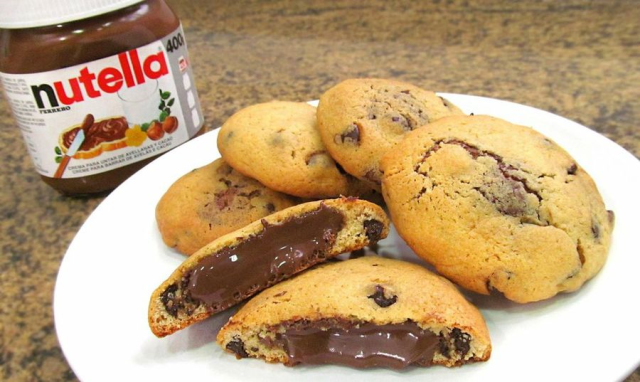 Galletas de chocolate con relleno de Nutella