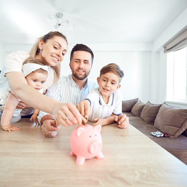 Insanely Simple Ways to Start a Family Savings Plan
