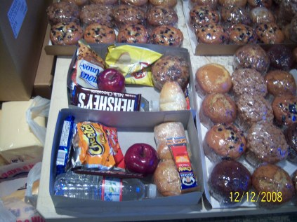 Feed the Homeless-Christmas 2008 (Dec 13, 08) 043