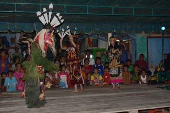 Penampilan dari Kalimantan Timur