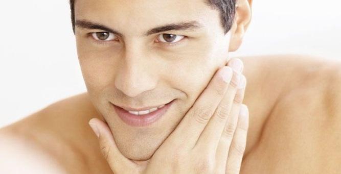 Cuidados faciales para el hombre