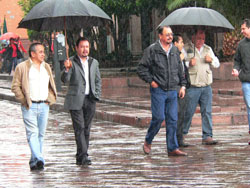 alertan por lluvias