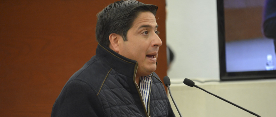 Retirar el derecho a los 90 millones de pesos, reitera diputado