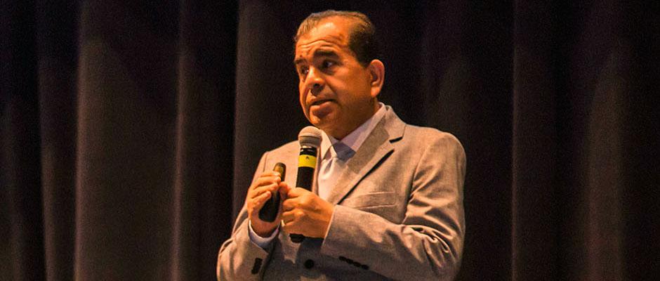 Suicidio, Principal Causa de Muerte en Jóvenes: Dr. Amado Nieto