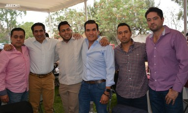 Gabino Morales Celebra 30-amigos-14