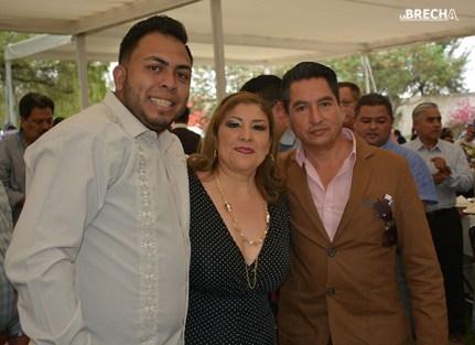 Gabino Morales Celebra 30-amigos-33