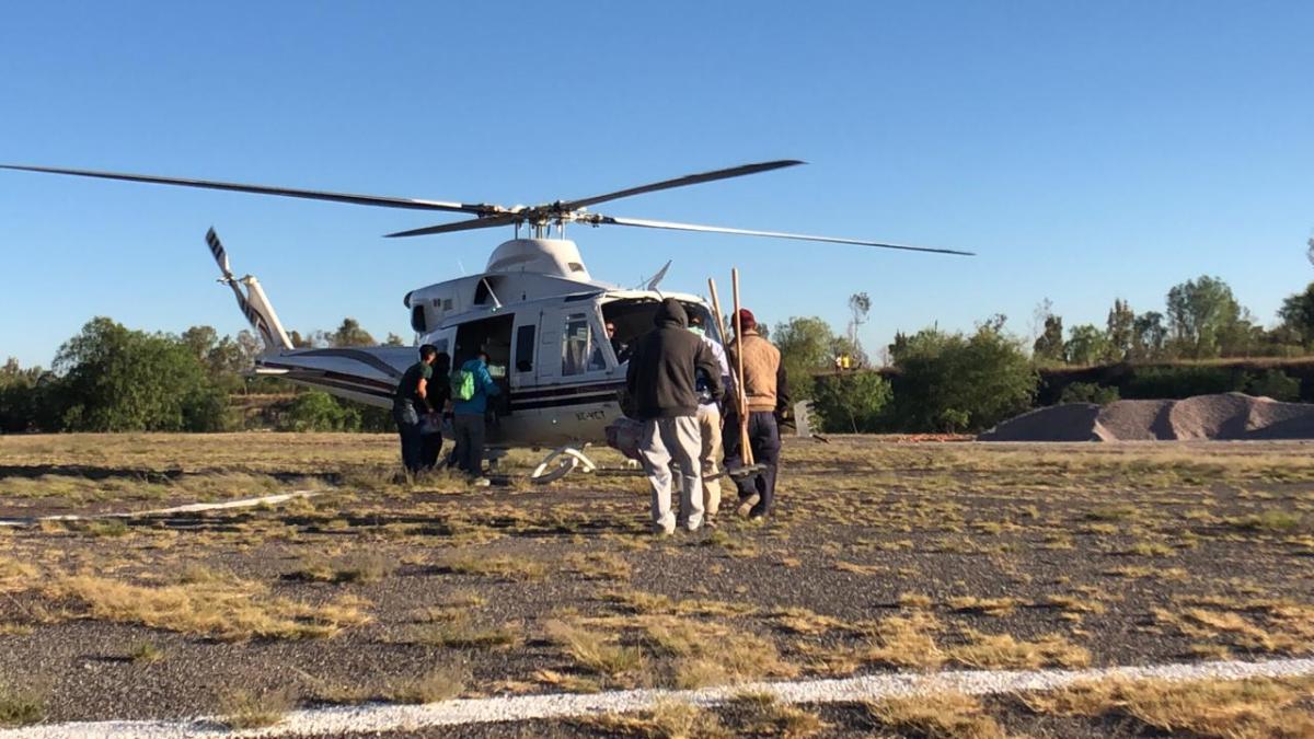 Cuatro Helicópteros Trabajan en Incendio de San Miguelito