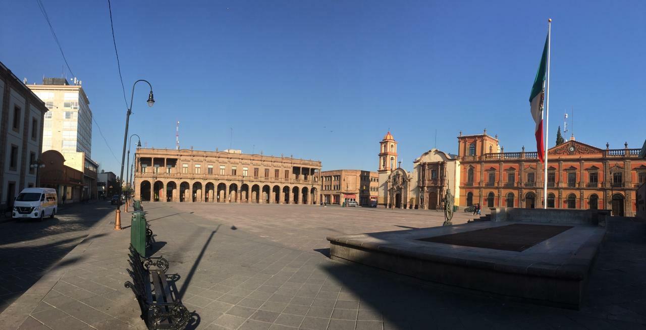 Plaza de fundadores vacia