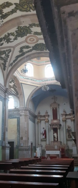 V de Zaragoza-Templo San Jose-700px-