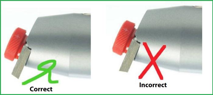 Cách lắp lưỡi dao đúng cho dụng cụ đo độ bám dính sơn CC2000