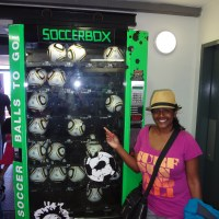 "Fab photo(s) of the day: ""The first soccerball vending machine in the world"""