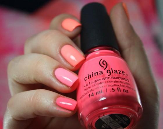 ombrenail-neon-chinaglaze (8)