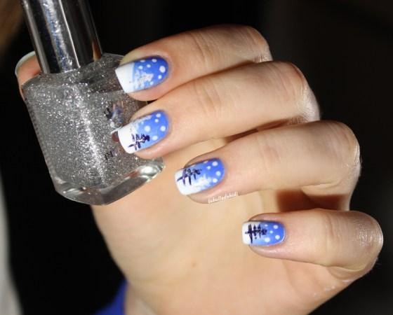 christmasnails-gradient-snow (1)