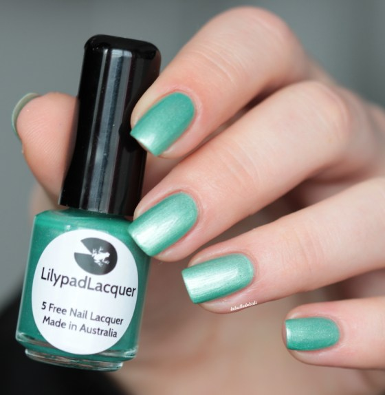 lilypad lacquer-apple crips (4)