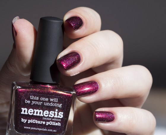 picture polish-nemesis-vampy limited edition (8)