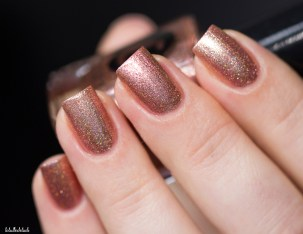 Cirque Colors-sparkled-himalayan pink-in artificial light_7 (9)
