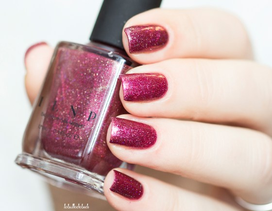 ilnp-new-years-collection-velvet-rope_2