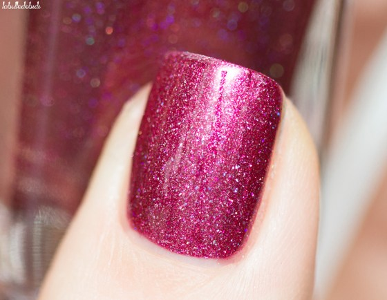 ilnp-new-years-collection-velvet-rope_7