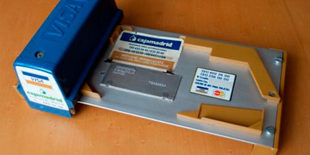 Así se hacían los primeros pagos con tarjeta de crédito