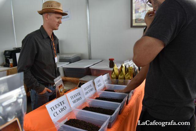 Don Víctor Garro de Café Deseo Real, Tarrazú.