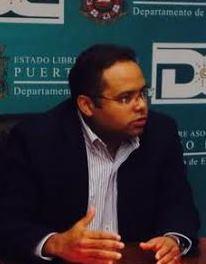 Rafael Román, Secretario de Educación