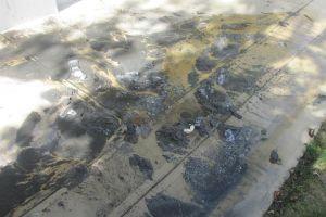 Evidencia del desbordamiento de aguas negras en la recién inaugurada escuela Francisco Mendoza de Isabela (Suministrada).