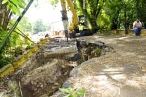 Parte de los trabajos que estuvo haciendo la Autoridad de Carreteras en la PR-125 (Archivo).