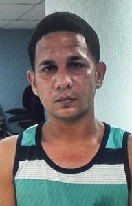 Jonathan Vilá Barbosa, sospechoso de varios robos en el barrio Sábalos de Mayaguez (Suministrada Policía).
