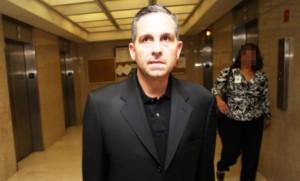 El exsenador Jorge De Castro Font llegó anoche a Puerto Rico (Foto Internet).