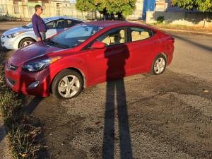 Otro automóvil afectado (Foto Facebook).