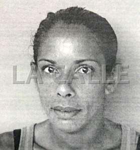 Foto de la ficha de Lizmette Rivera Soto, arrestada en el residencial Roosevelt de Mayagüez (Suministrada Policía).