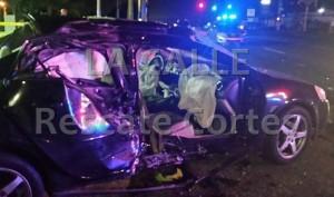 """Así quedó en automóvil que conducía David Rodríguez Orama. Haga """"click"""" para ampliar la imagen (Foto Rescate Cortés)."""