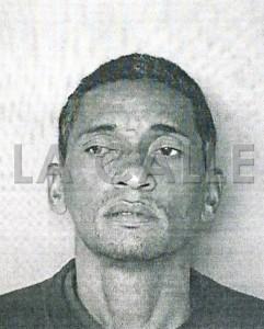 """Foto de la ficha de Rogelio Figueroa Santiago, alias """"Huele Thinner"""" (Suministrada Policía)."""