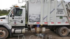 Uno de los camiones de recogido de basura del Municipio de Cabo Rojo (Suministrada).