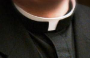 Cuello clerical (Archivo).