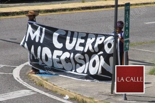 Otra gráfica de la manifestación en Mayagüez (Julio Víctor Ramírez, hijo/LA CALLE Digital).