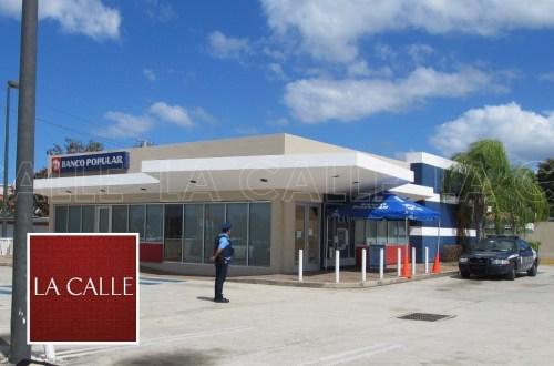 Las operaciones del banco fueron suspendidos (Julio Víctor Ramírez, hijo/LA CALLE Digital).